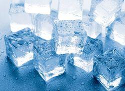 Лед в кубиках