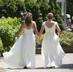 Однополые отношения женщин